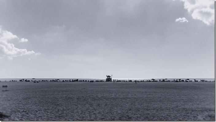 Beachgoers @ Siesta Key, FL